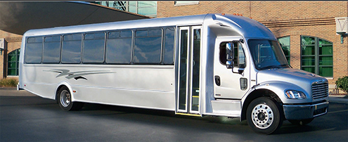 The Federal Premier model features either a Freightliner or International chassis.