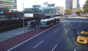 A M15 SBS bus arriving at the United Nations' Station.
