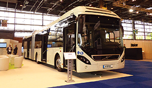 Volvo displayed this articulated bus with its own parallel hybrid drive system.