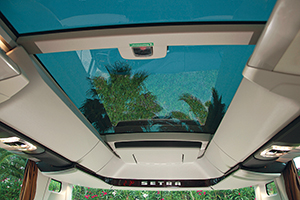 The optional glass roof on the Setra TopClass range.