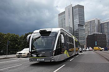 A Solaris BRT vehicle in Paris.